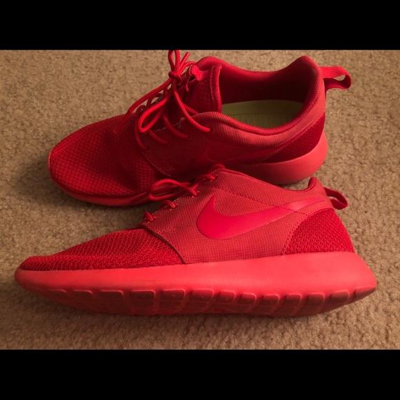7cbc29c2121f3 Women s Nike ID All Red Roshe Ones. M 5b455d0cbaebf6881d535ac9
